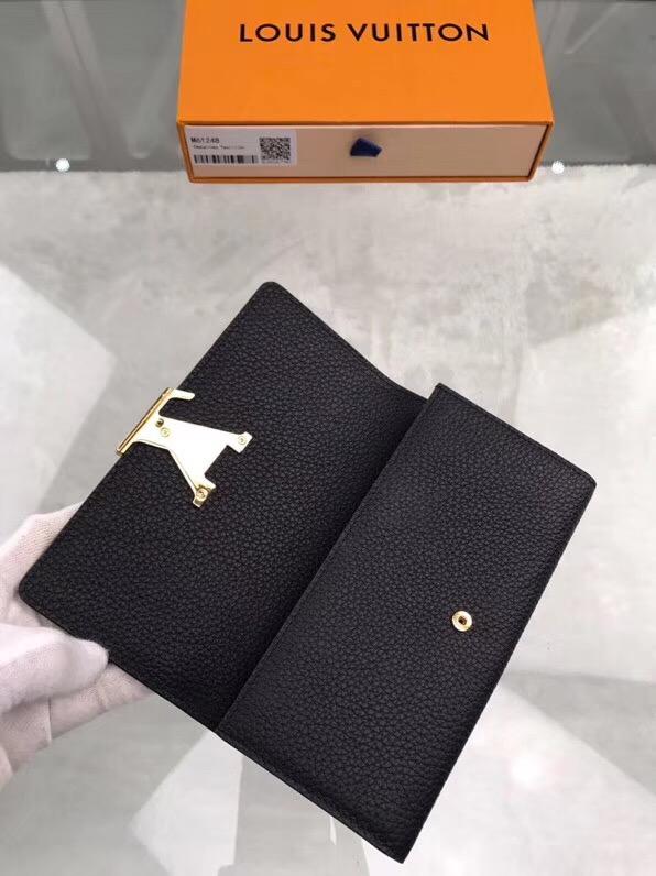 Ví nữ Louis Vuitton Capucines