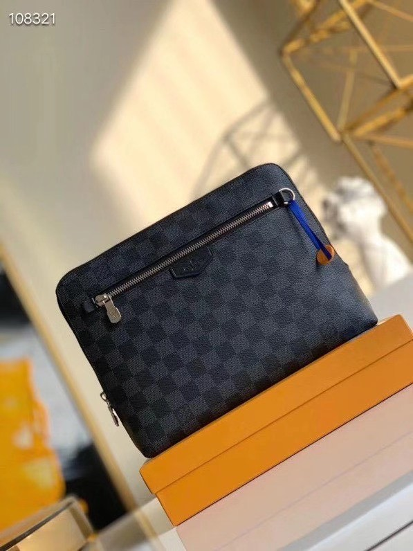 Ví nam Louis Vuitton siêu cấp